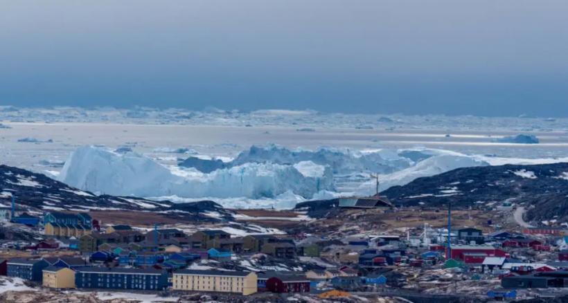 Κλιματική αλλαγή: Έβρεξε για πρώτη φορά στις οροσειρές της Γροιλανδίας