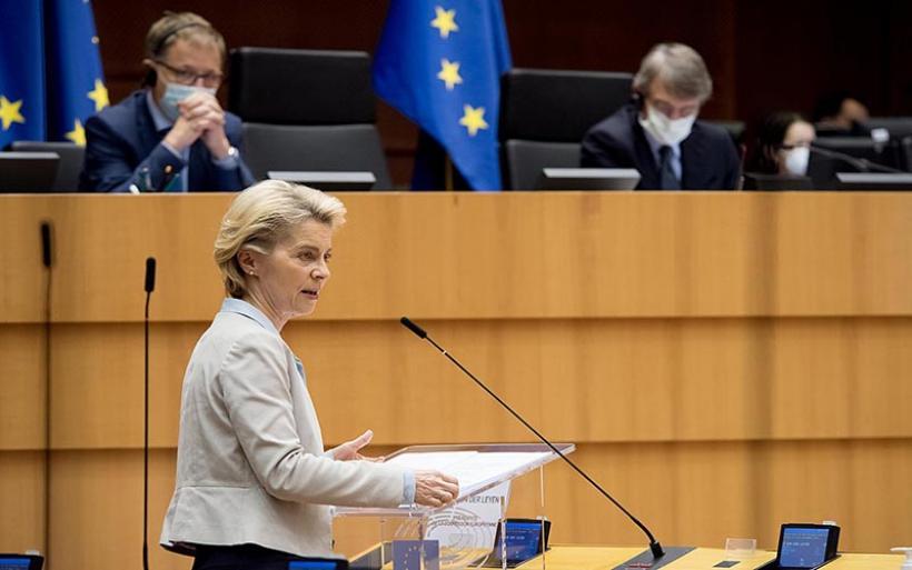 Πρόεδρος Κομισιόν για κορωνοϊό: Οι πρώτοι Ευρωπαίοι πολίτες ενδέχεται να έχουν ήδη εμβολιαστεί πριν από το τέλος Δεκεμβρίου