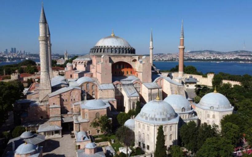 Αγία Σοφία : Παγκόσμια κατακραυγή για την απόφαση Ερντογάν να τη μετατρέψει σε τζαμί