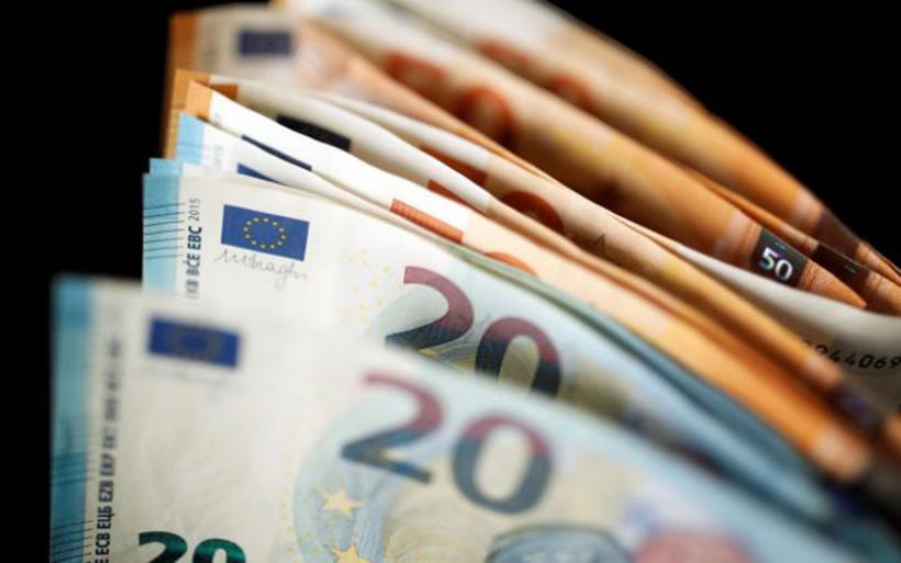 Κοροναϊός : Πότε θα καταβληθούν τα χρήματα σε επαγγελματίες, εργαζόμενους, ενοικιαστές