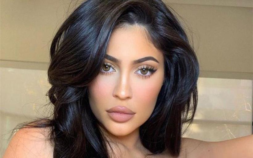 Κορονοϊός: Δωρεά 1 εκατ. δολαρίων από την Kylie Jenner