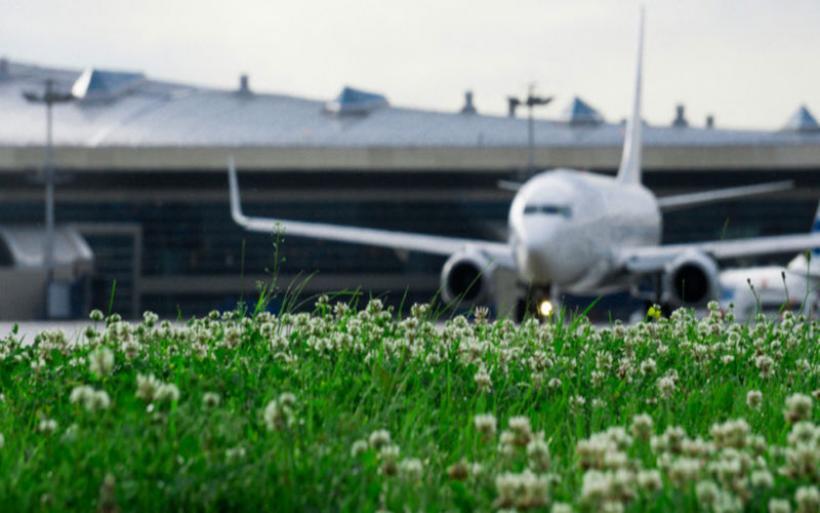 Οκτώ χώρες της ΕΕ απαιτούν «πράσινα» καύσιμα στα ευρωπαϊκά αεροσκάφη