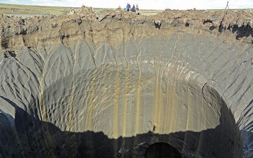 Σιβηρία: Οι επιστήμονες ξεκλειδώνουν το μυστήριο με τους τεράστιους κρατήρες
