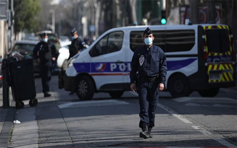 Συναγερμός στη Γαλλία: Τραυματίστηκε 10χρονη από πυροβολισμούς