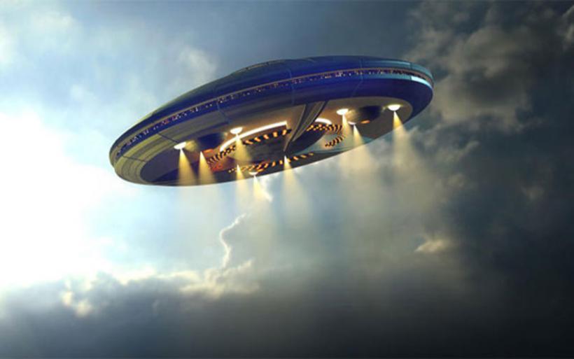 Το Πεντάγωνο παραδέχεται την ύπαρξη βίντεο καταδίωξης από UFO!