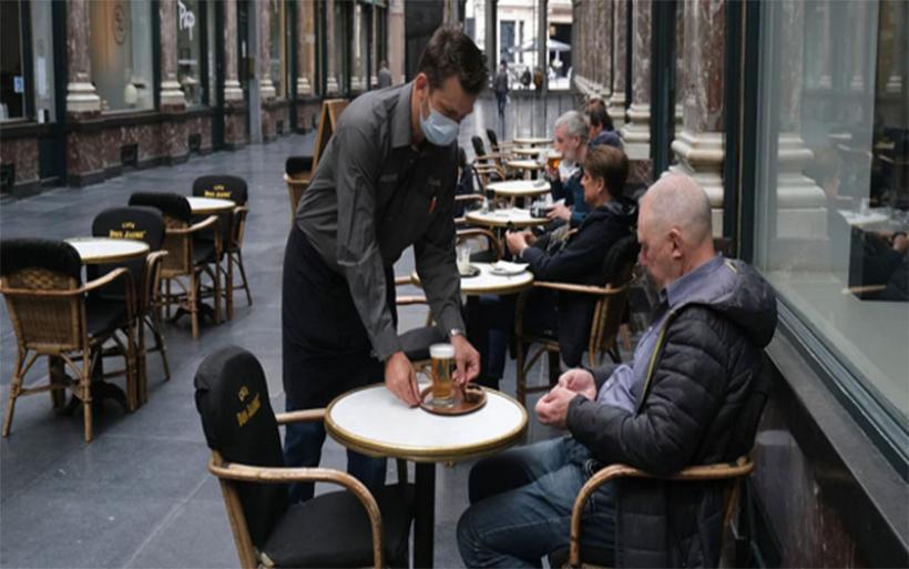 Βέλγιο: Στις 8 Μαΐου ανοίγει η εστίαση σε εξωτερικούς χώρους