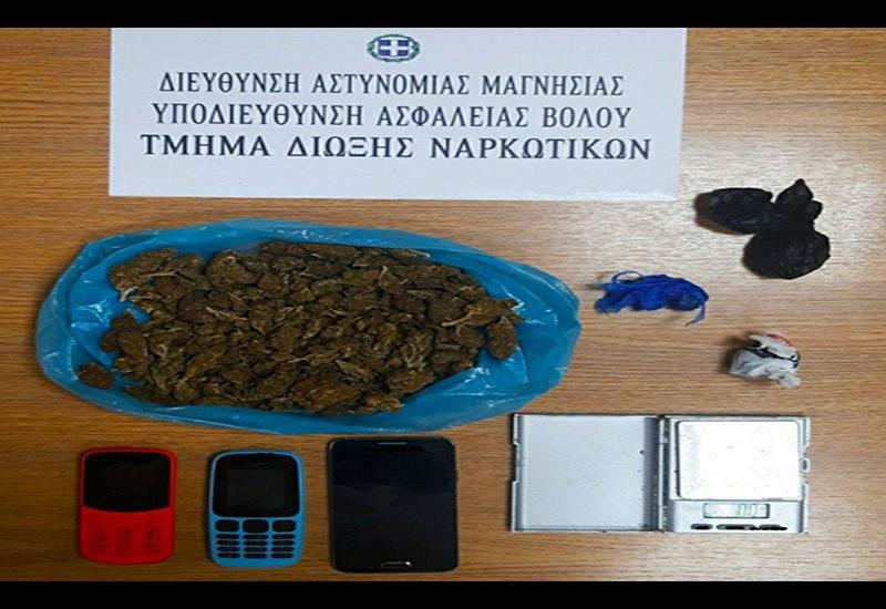 Σύλληψη 2 ατόμων στο Βόλο - Κατασχέθηκαν πάνω από (100) γραμμάρια κάνναβης